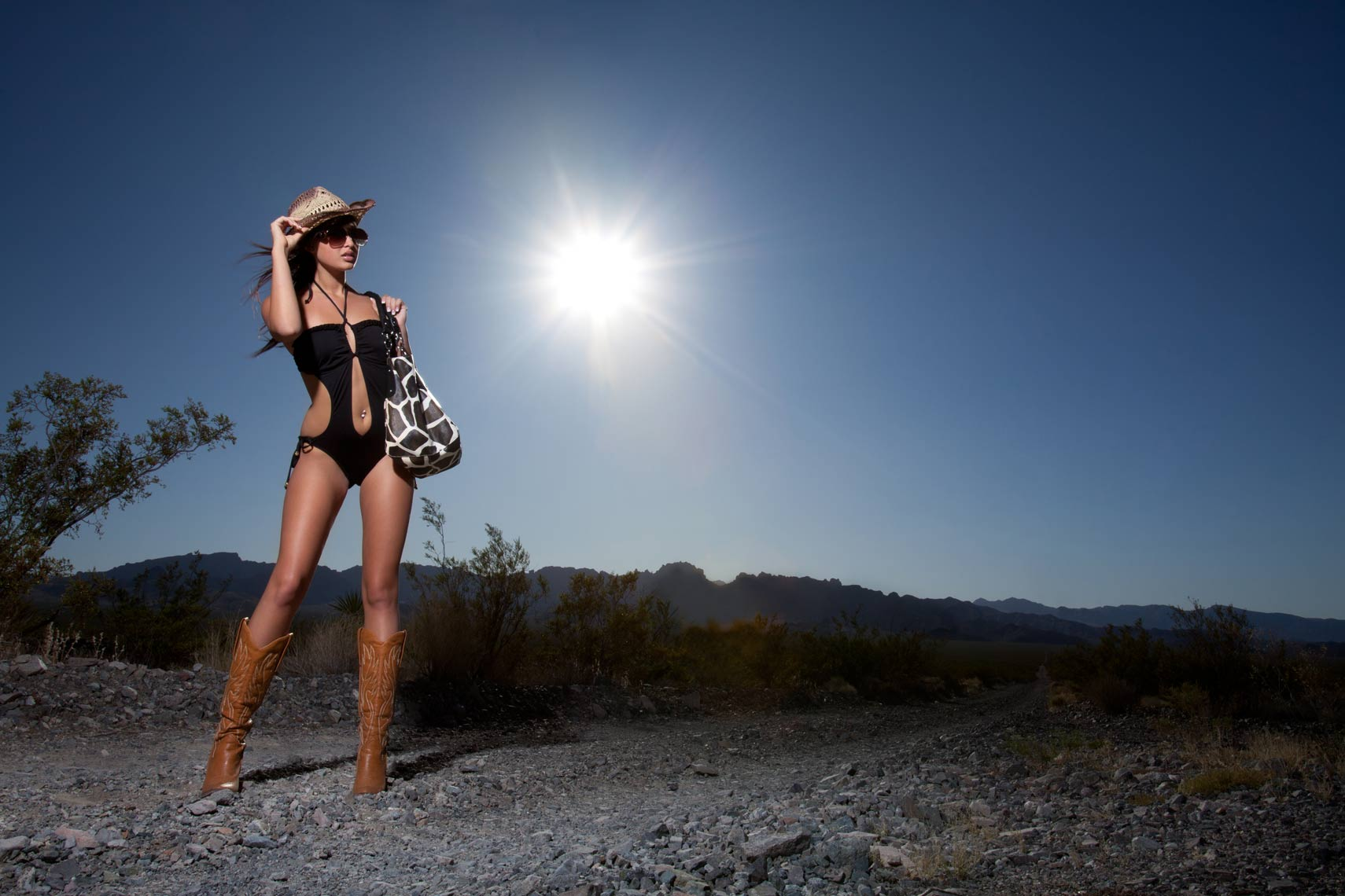 shelby_desert_fashion_01